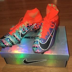 EA Sports Mercurial Superfly V Size 10